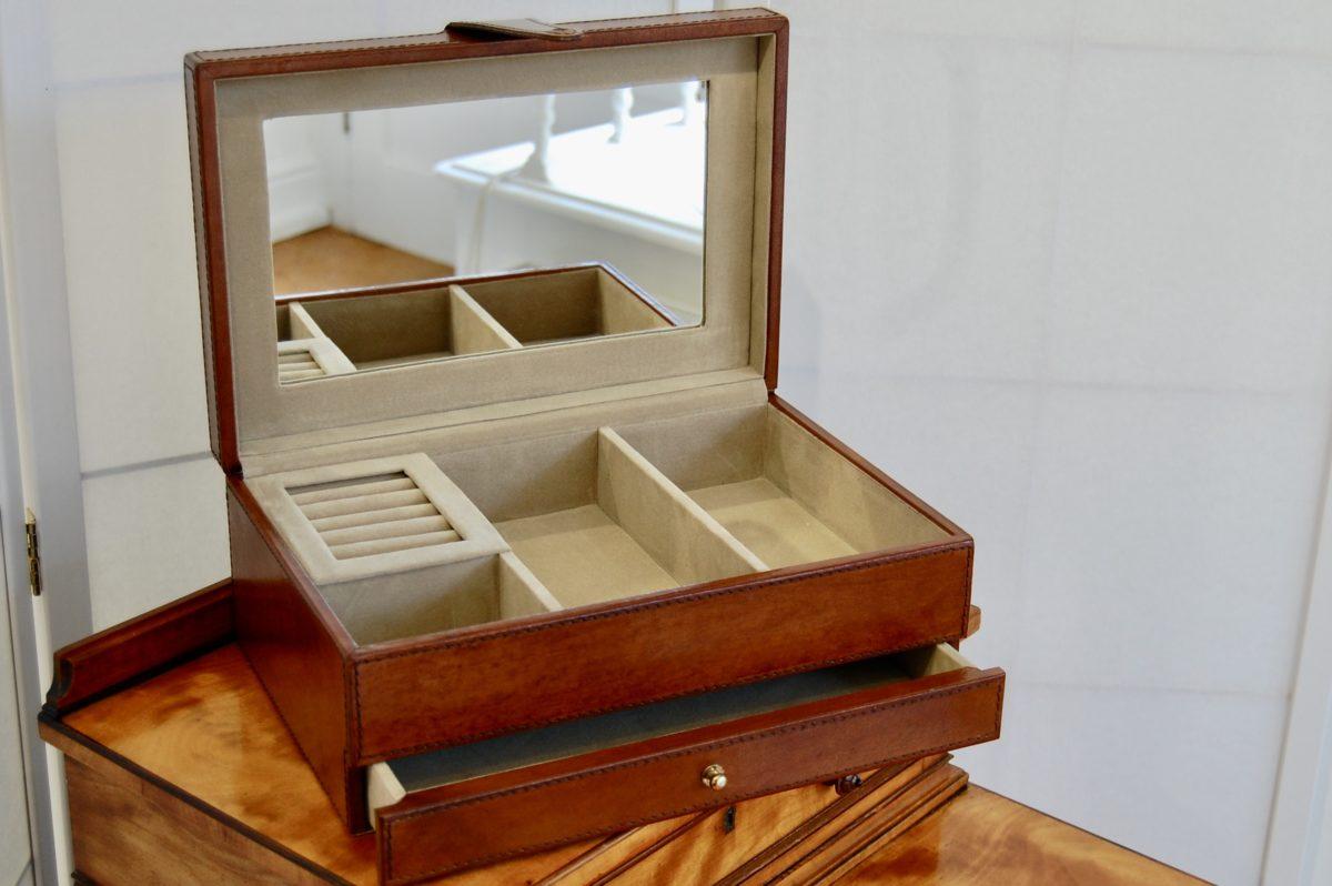 Traditional Jewellery box